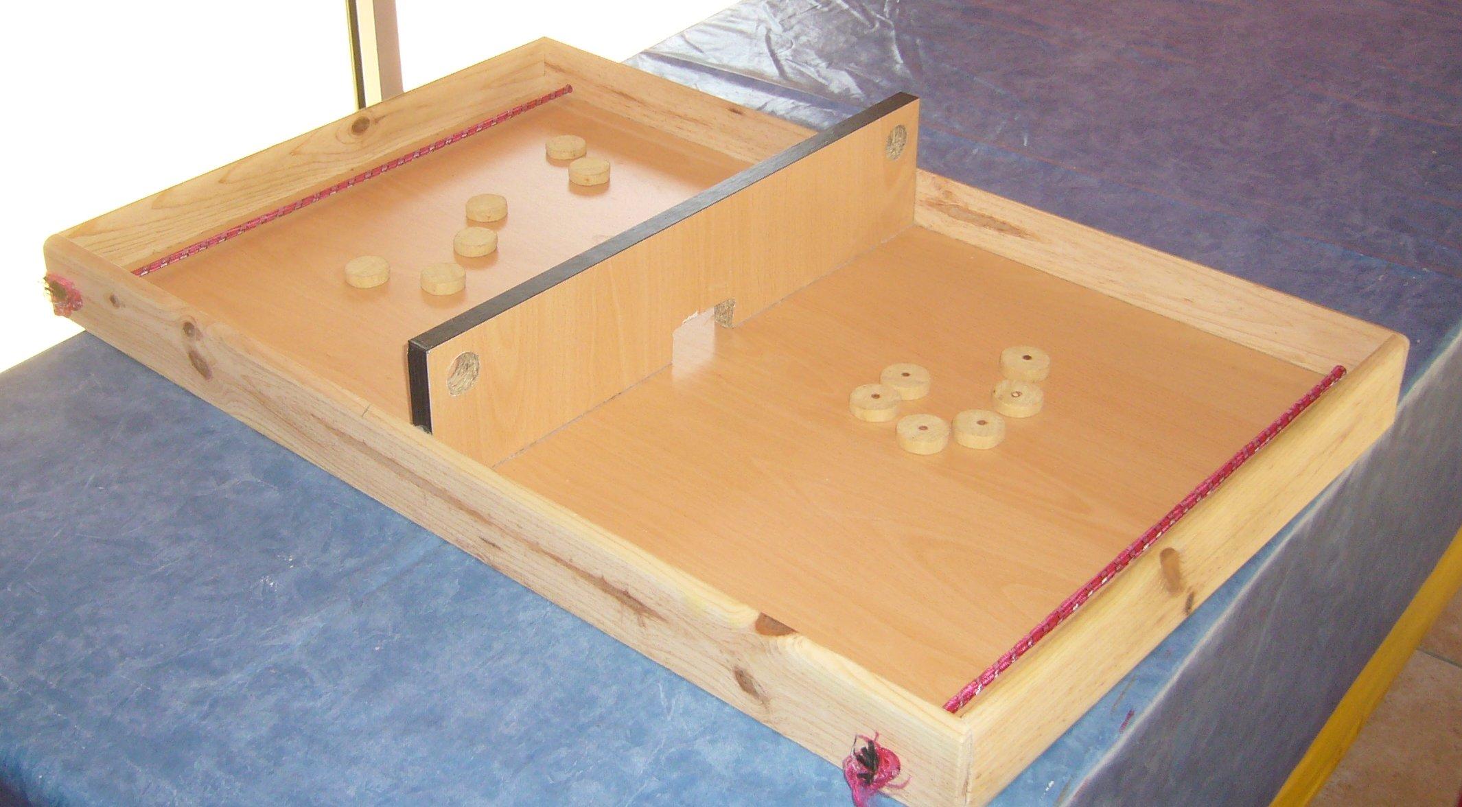jeux en bois table elastique. Black Bedroom Furniture Sets. Home Design Ideas